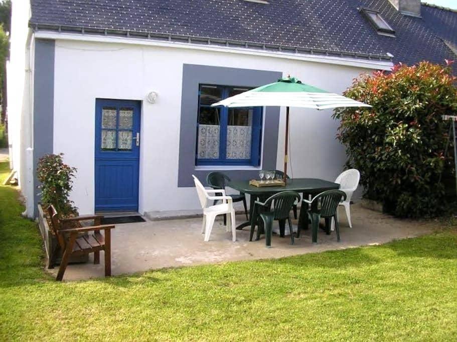 Maison de pêcheur près de la plage - Groix - House