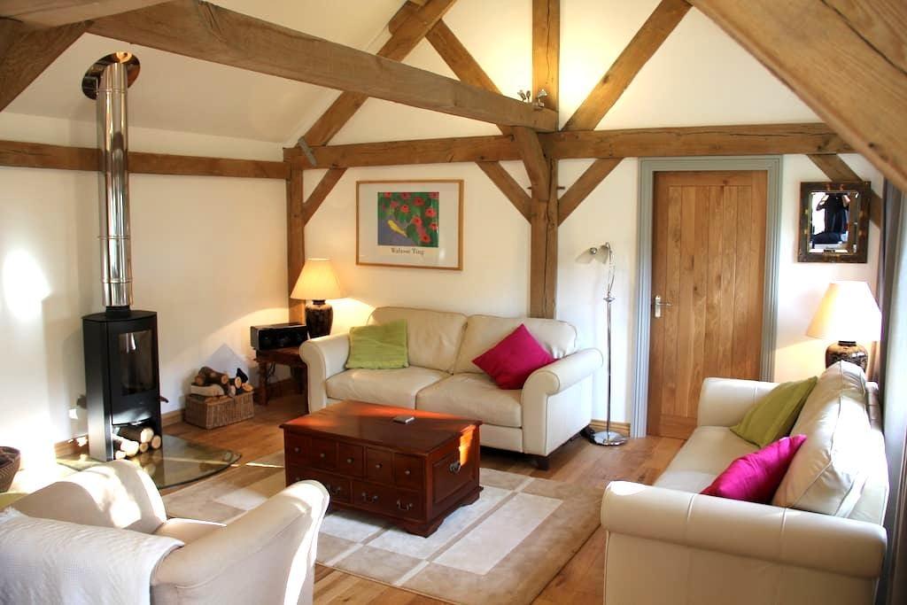 Pickle Cottage Tenterden - Tenterden - Ev