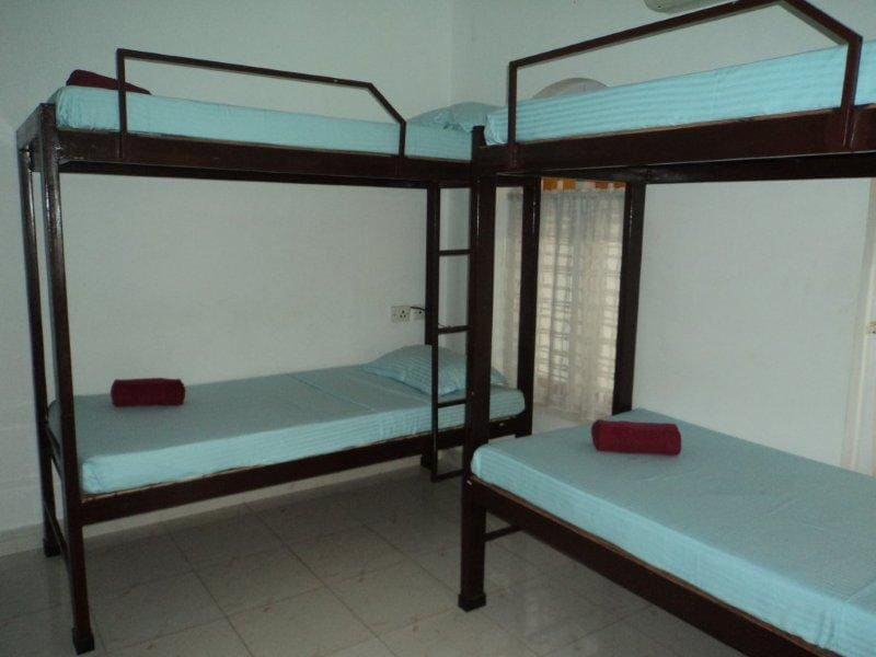 Deluxe 6-bed Dormitories with very comfortable bunk beds