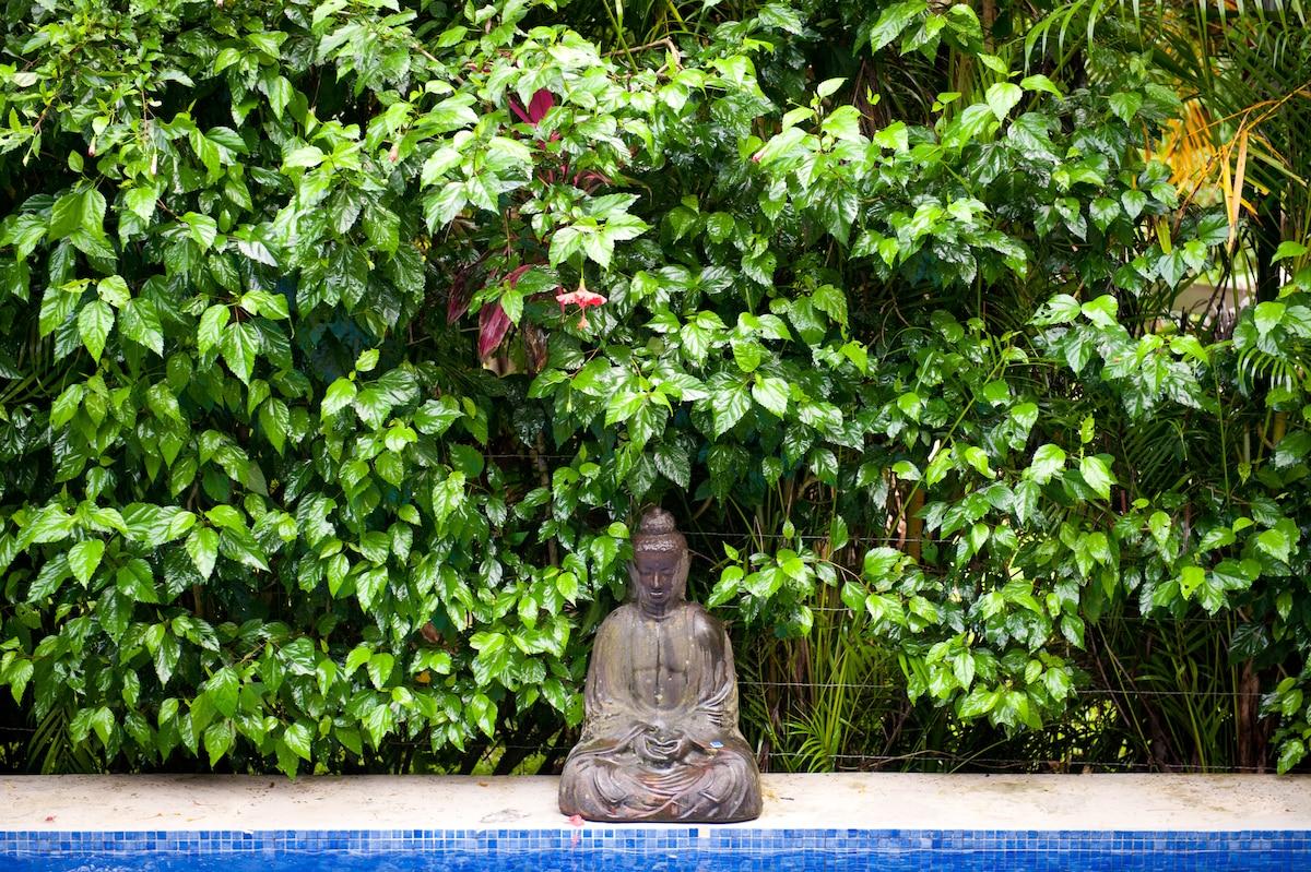 Pura Vida...peaceful and relaxing