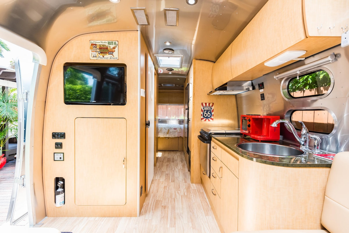 Glamour camping in the heart of Miami - Camping-cars/caravanes à ...