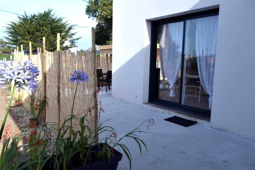 Jolie maison neuve à 150m de la plage - Penmarch - 独立屋