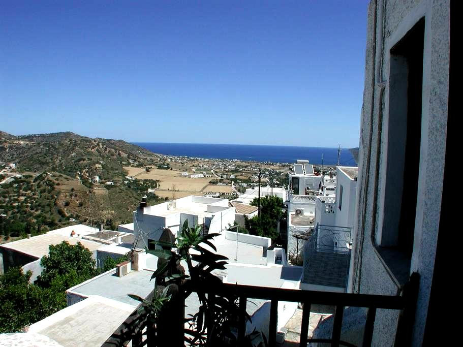 Trad. panoramahouse up to 6 persons - Skyros - Casa