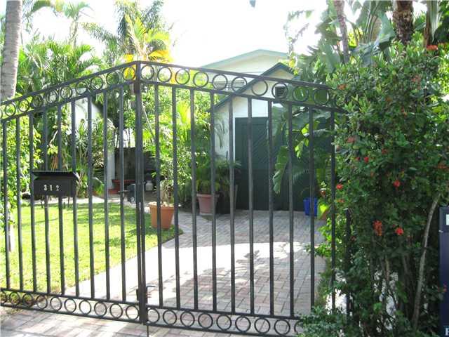 Charming 1925 Key West Cottage