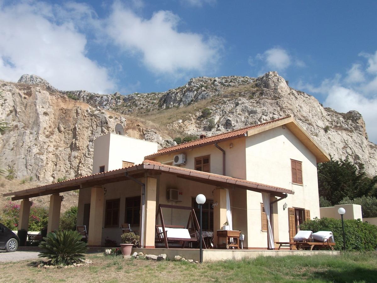 casa vacanza tra monti e mari