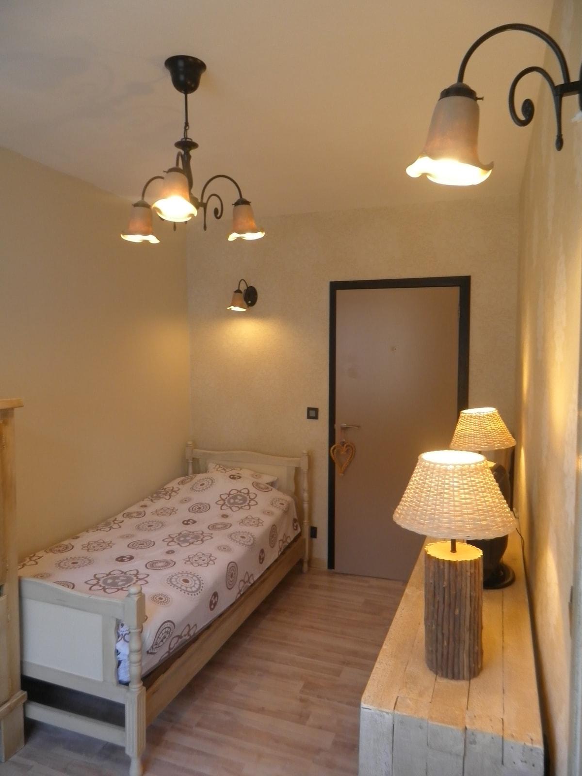 Single room with wifi