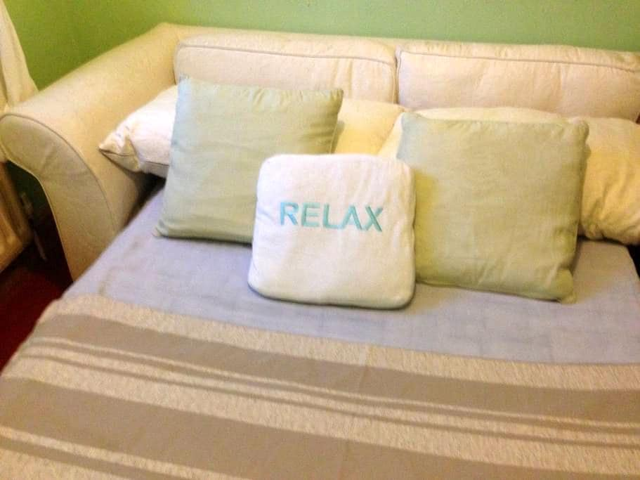 Peace and Love room - Orpington - House