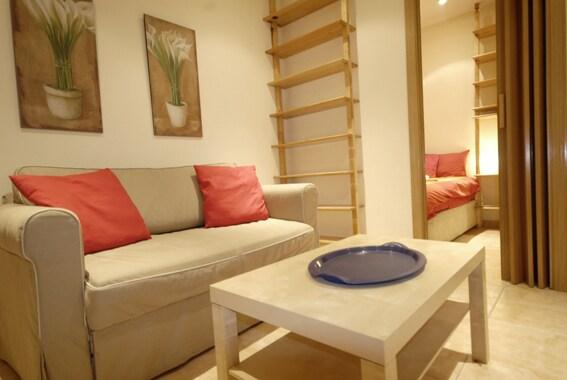 Apartment Olavide
