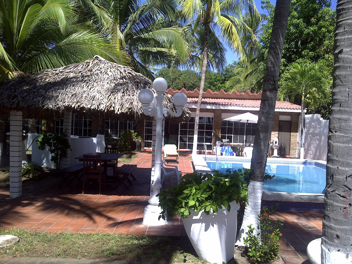 Alandalus beach house