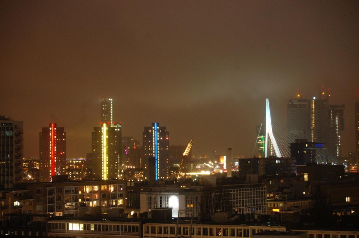 Luxury Rotterdam Skyline Apartment