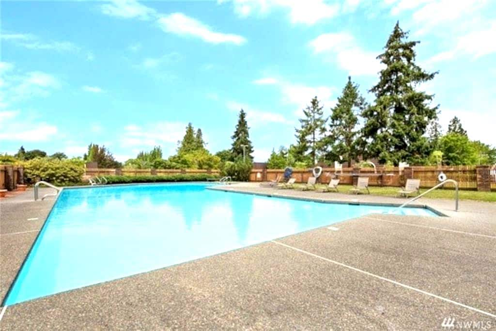 Spacious newly remodeled apartment in Kirkland - Kirkland - Appartement