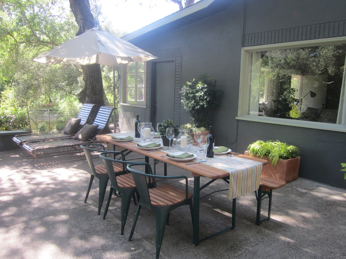 Front patio of Warm Springs Cottage, the perfect indoor/outdoor retreat.