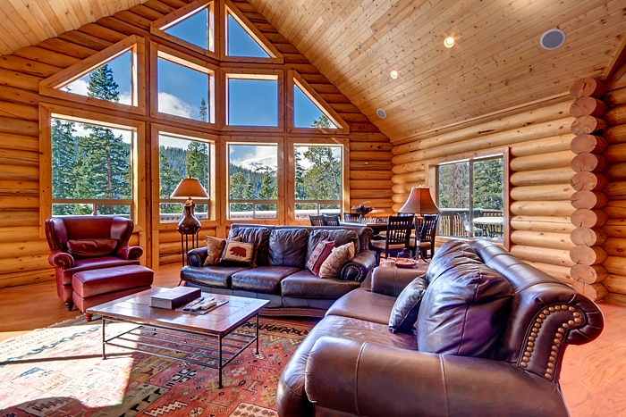Breck vacation home w/ 5,000 sq ft