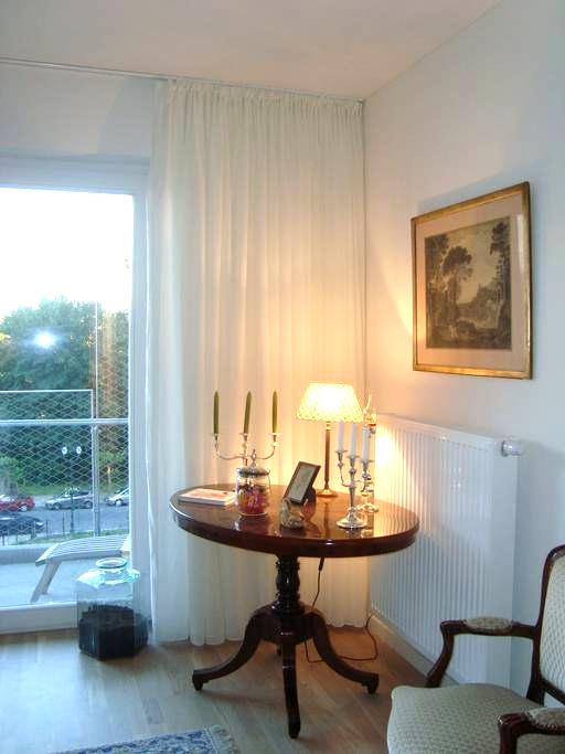 Chambre double à Schaerbeek - Schaerbeek - Apartment