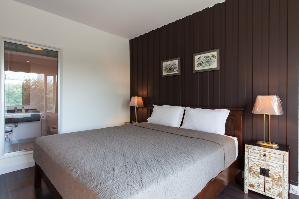 Nice+New 2 Beds Beachfont Hua Hin