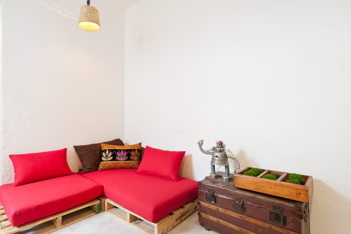 Cozy Recycled furniture Apartment