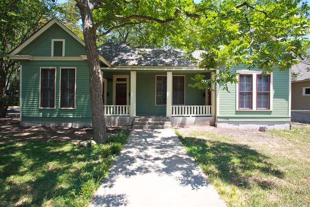 Historic Hyde Park Home By Downtown