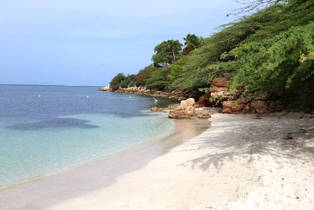 Awesome Beaches-The Captain's Rest - Guanica - Vila