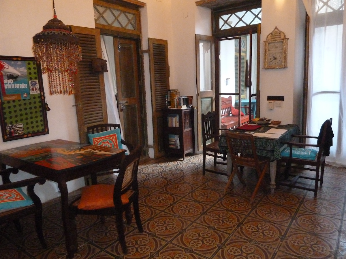 Kitchen / dining area/inside balcony