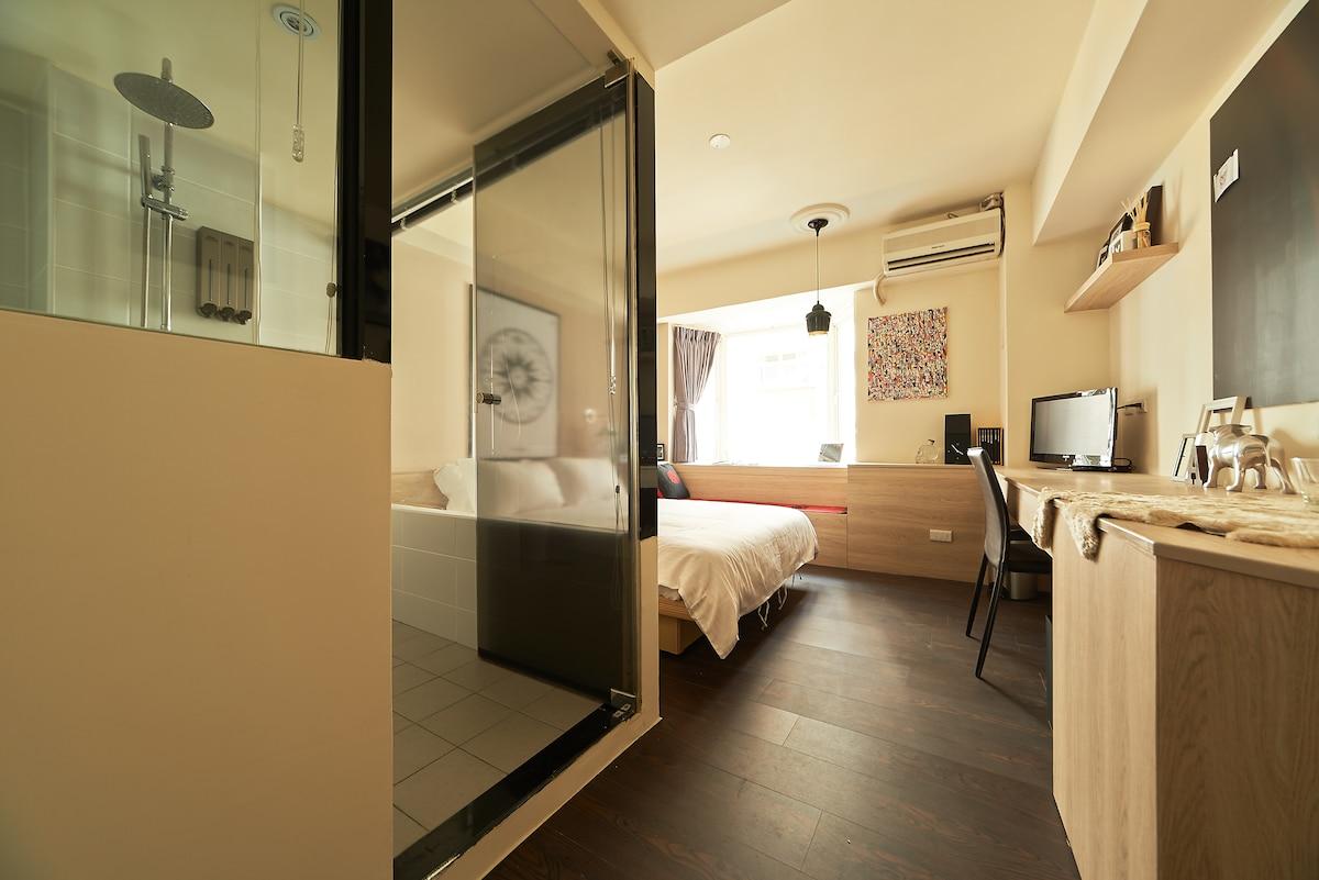 MRT Comfy Room-206