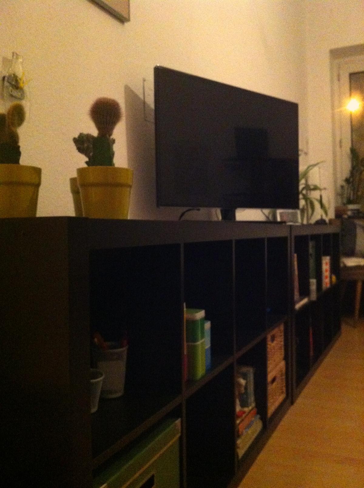 Smart TV und Bücher ...