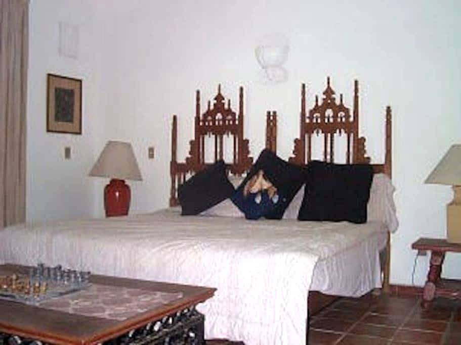 CASA DESTINATION OF HEALTH RESORT - Puerto Vallarta - Bed & Breakfast