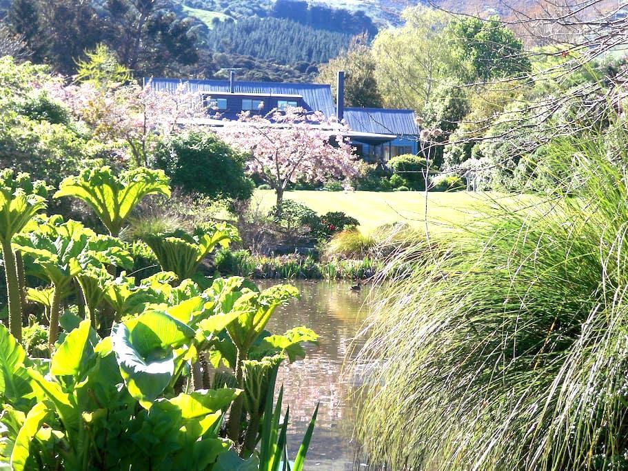 Potters Croft Garden and B&B - Akaroa - Bed & Breakfast