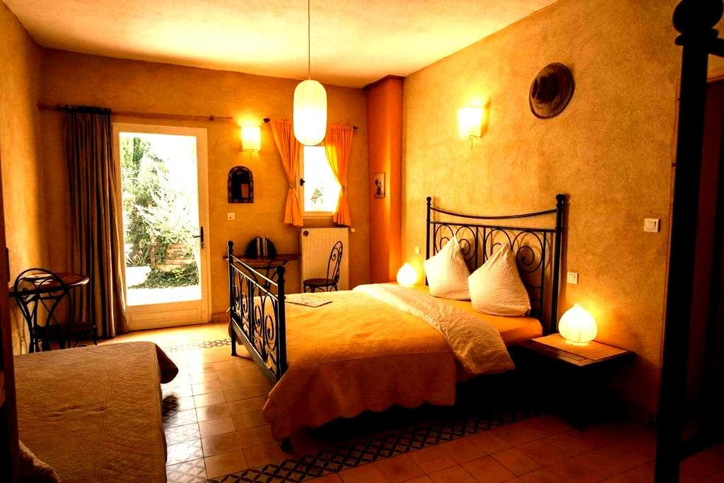 Cozy rooms in the parc du Verdon - Saint-Laurent-du-Verdon - Bed & Breakfast
