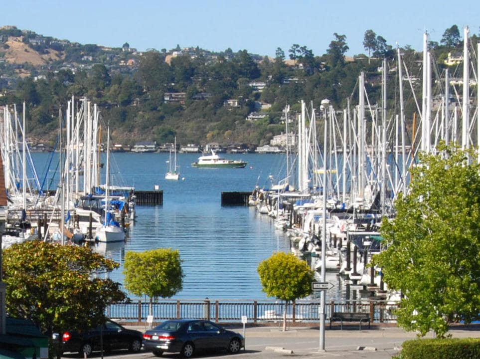 PRIVATE WATERFRONT HOUSE AT THE SAUSALITO MARINA