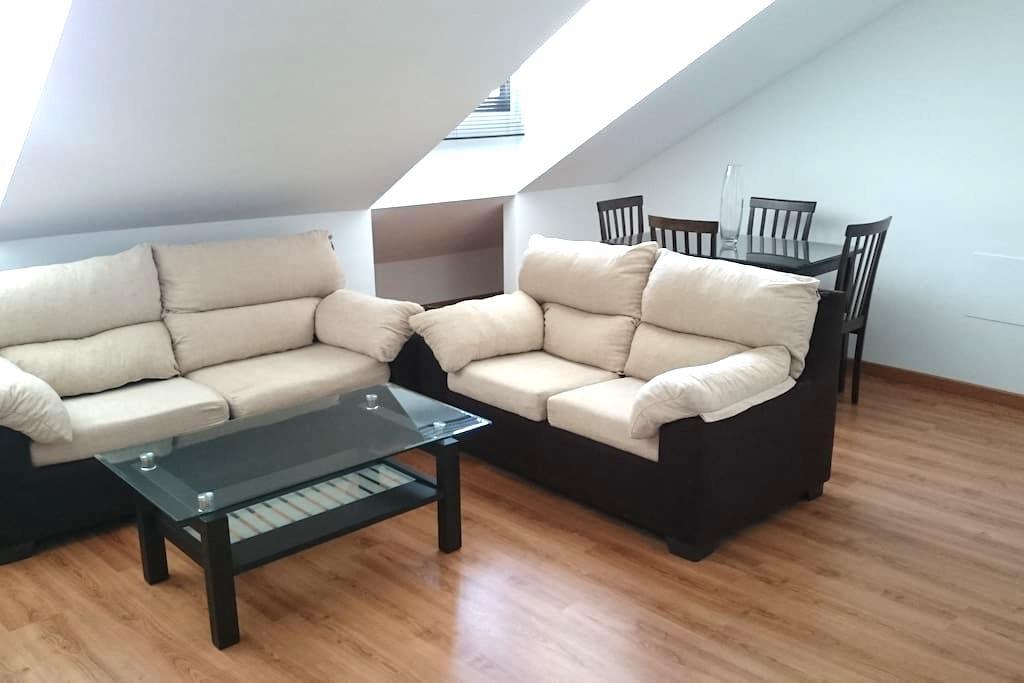 Amplio, luminoso y céntrico apartamento - Antequera - Daire