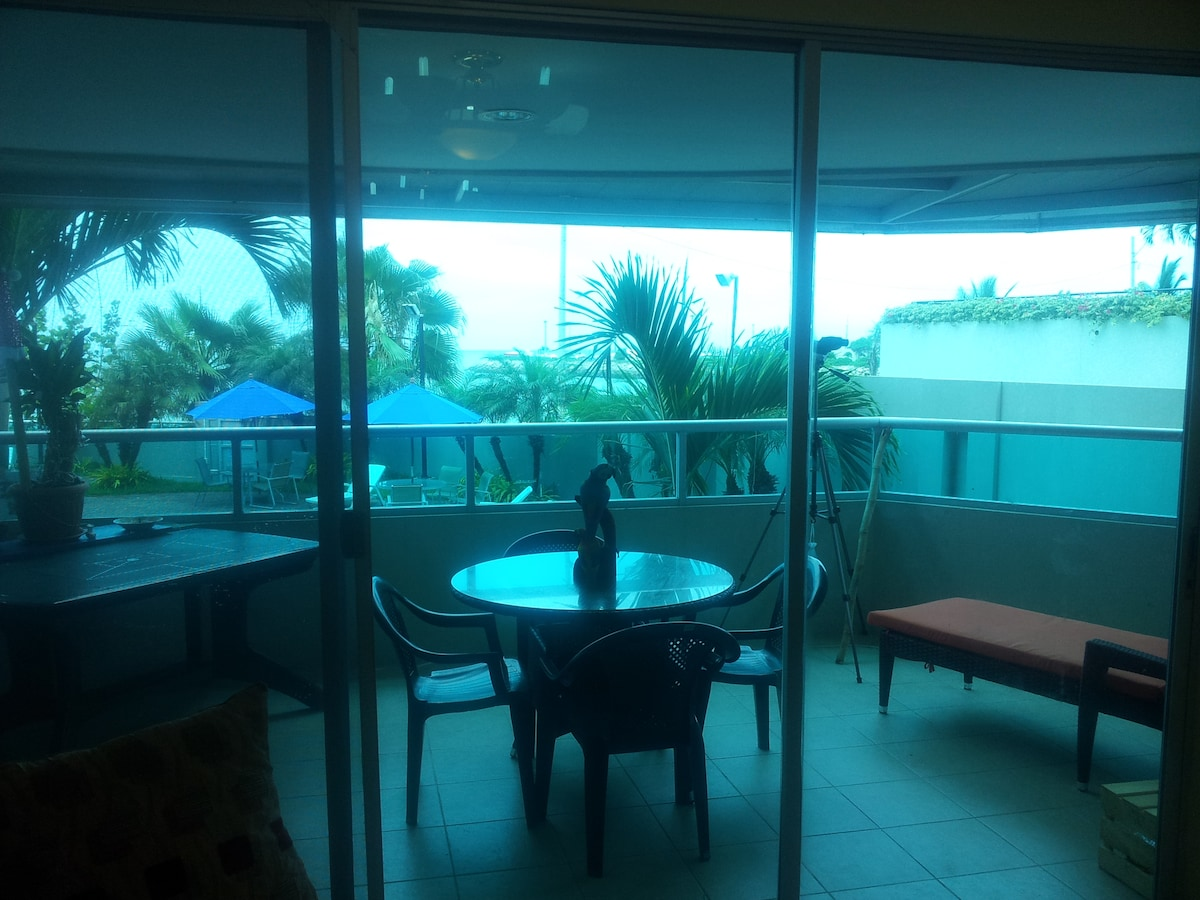 Great and Spacious Dining Balcony, overlooking Pool, Jacuzzi, and Pacific Ocean with Beautiful BREEZE. Comfortable Furniture.