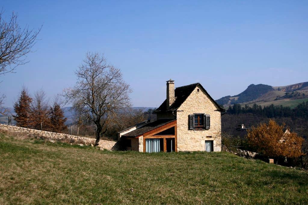 Pequeña casa de campo renovada - Marvejols