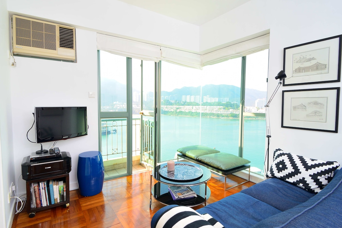 Living room with beautiful unobstructed sea view
