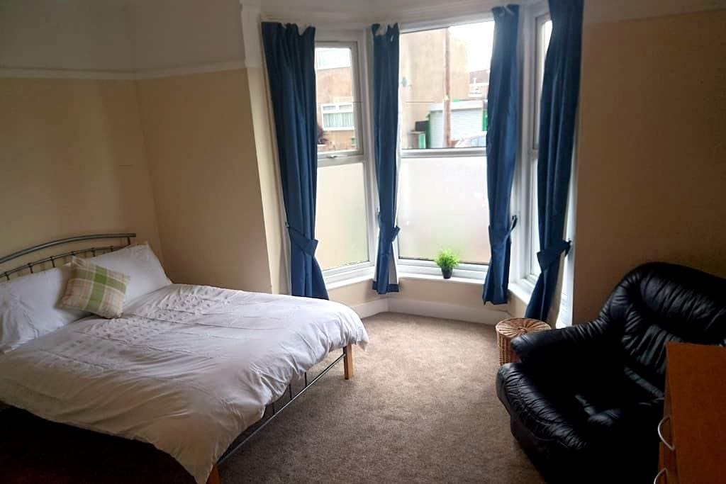 Self Catering Rooms for Professionals - Grimsby - บ้าน