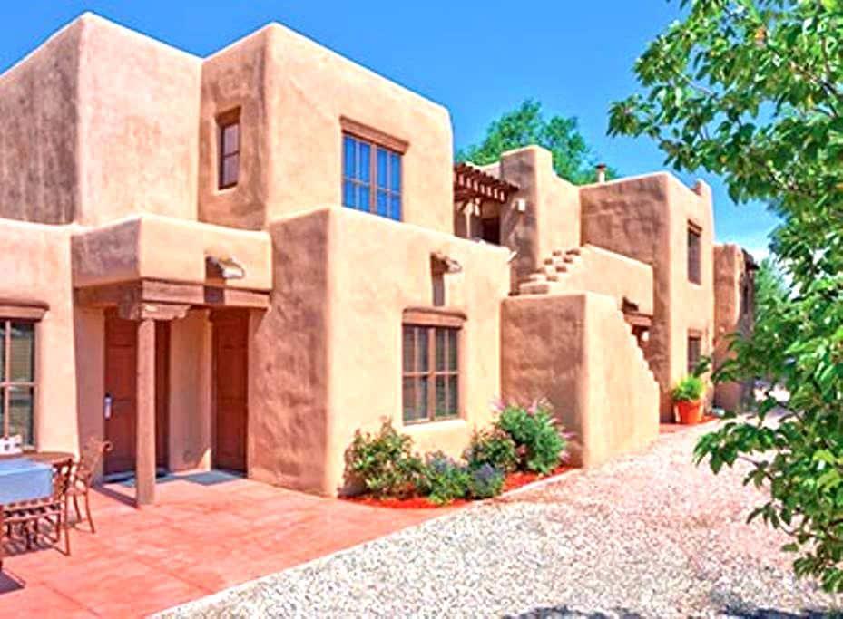 New Mexico-Santa Fe Resort 1 Bdrm Condo - サンタフェ - 別荘