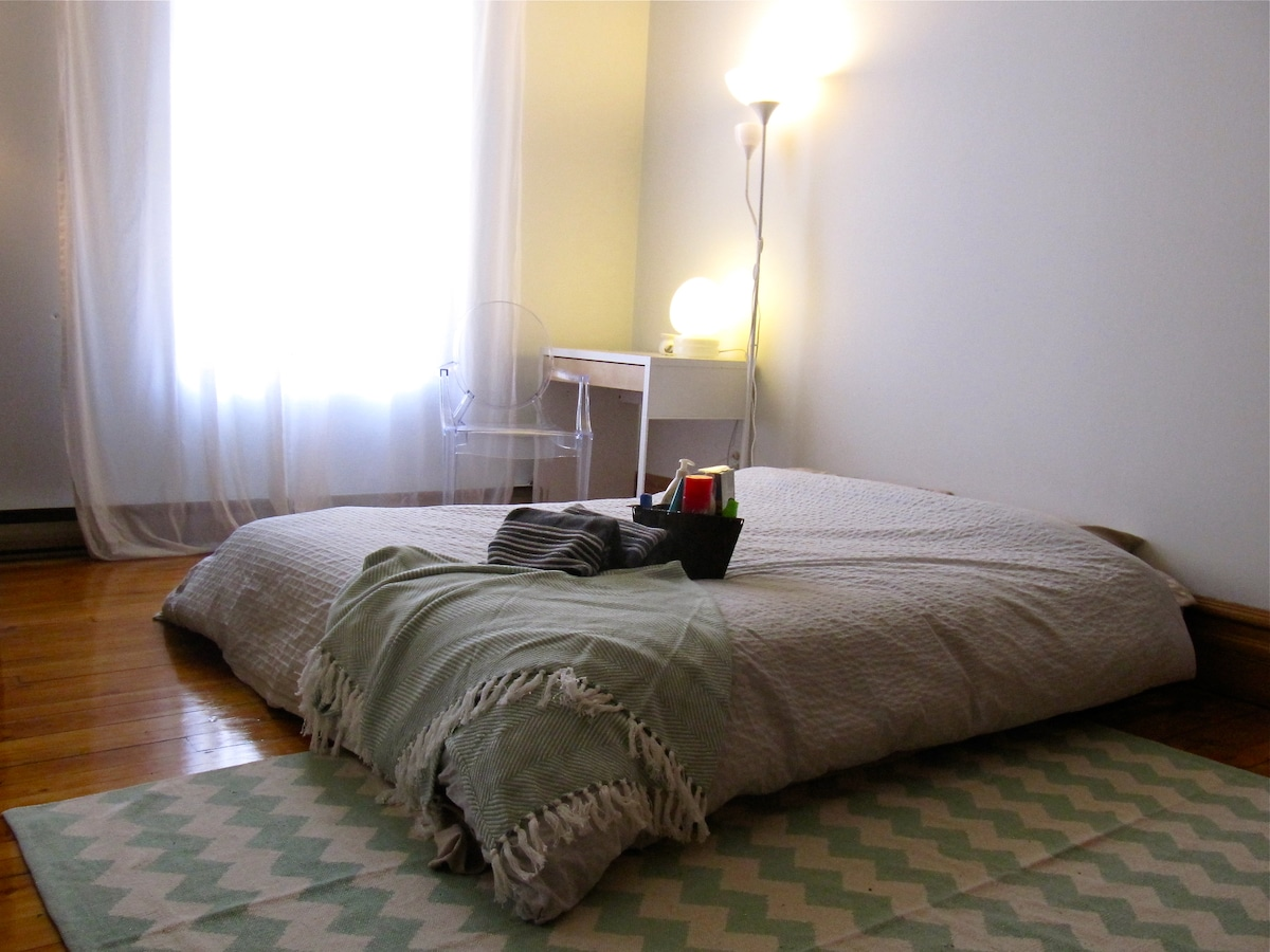 Welcome to your bedroom, Queen size mattress, study desk and lots of light.