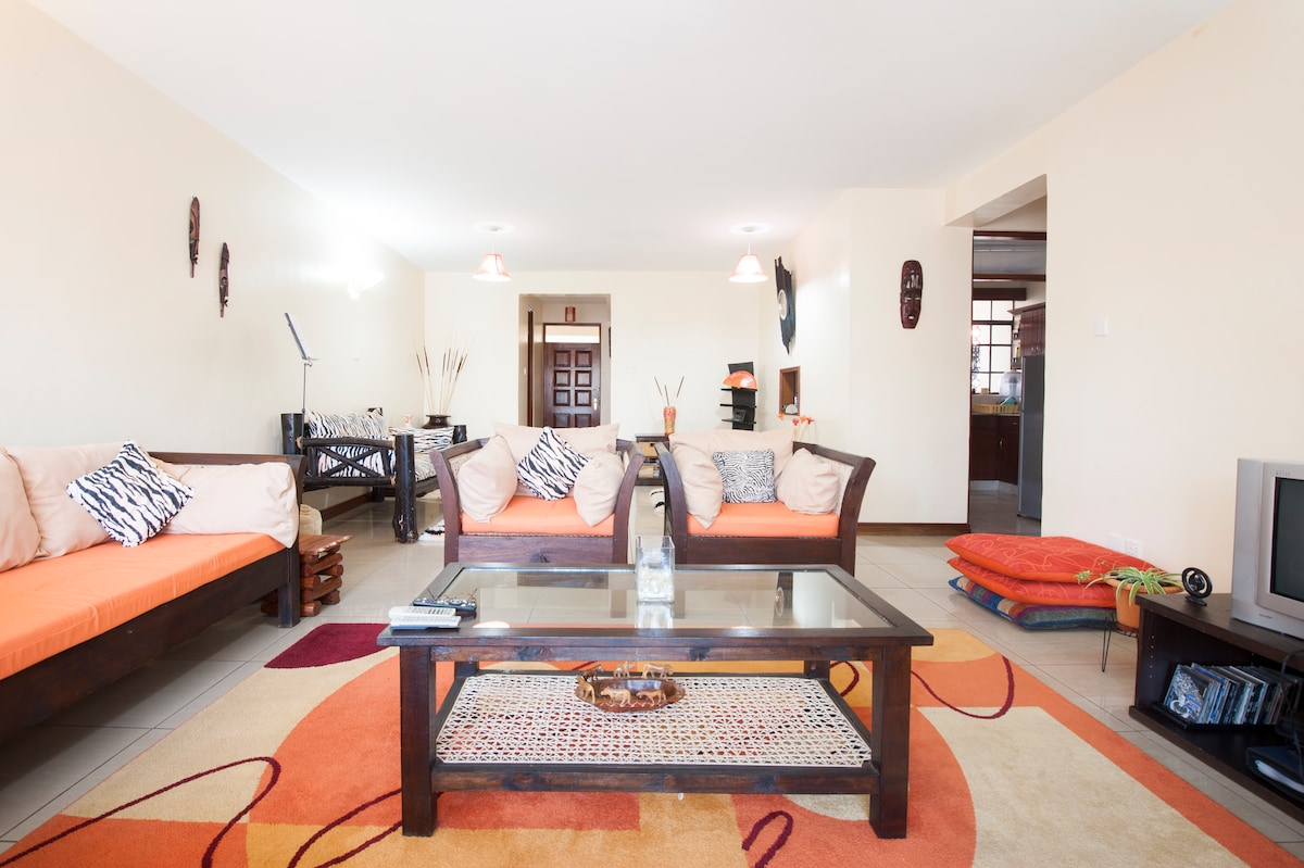Lovely, Cozy, Comfy Furnished Room