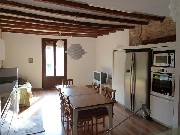 Living room, kitchen, study / Salon, cuisine, étudier / Salón, cocina, estudio / Sala d'estar, cuina, estudi