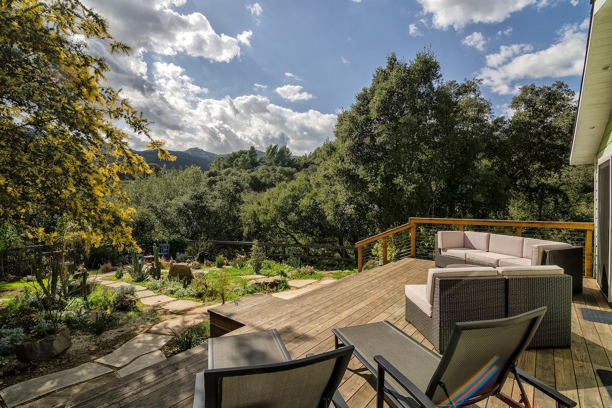 Modern retreat in Topanga Canyon