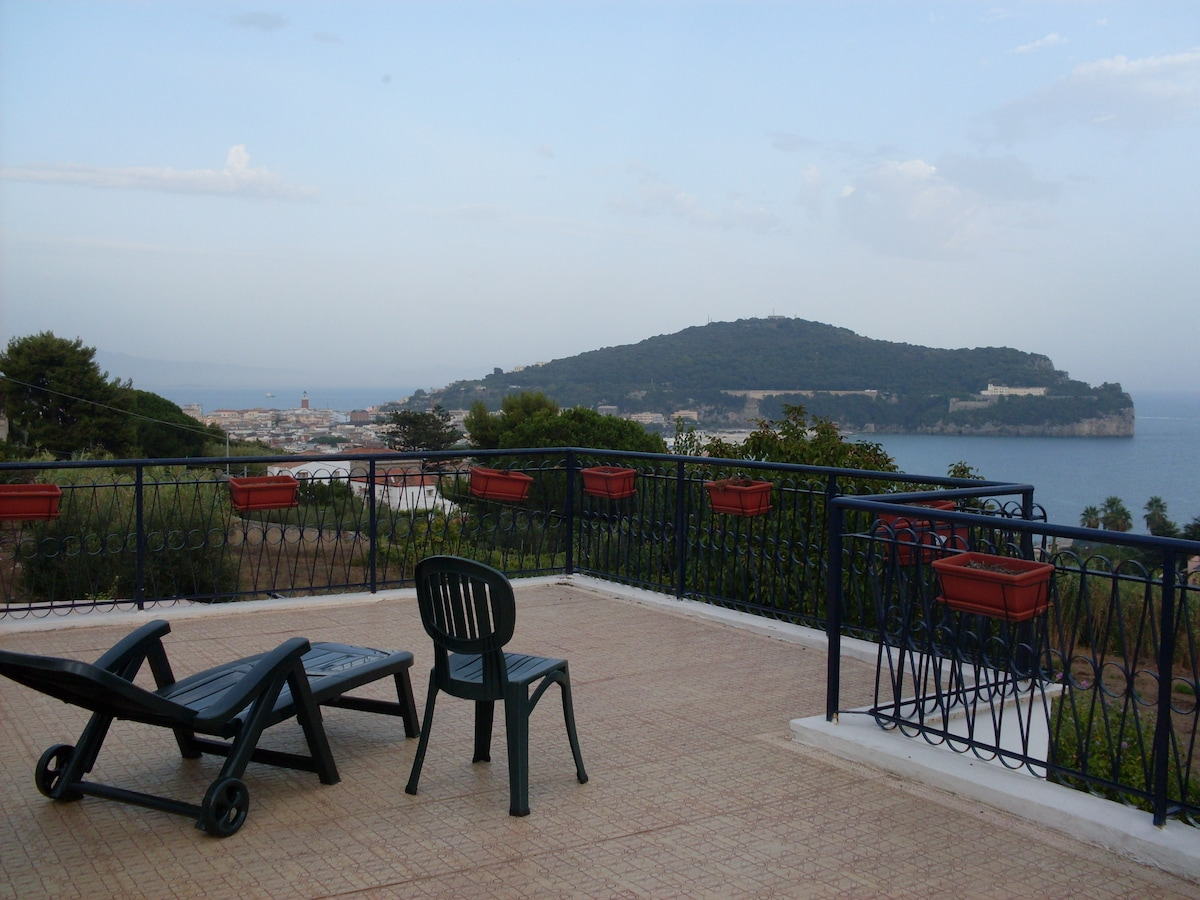 Panoramic villa on the Gaeta's gulf