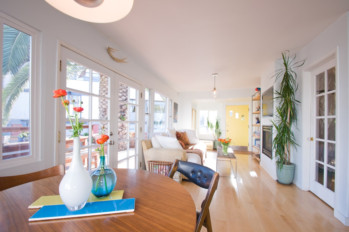 Bright light floods the main living space, making it an ideal place to work - wireless is available.