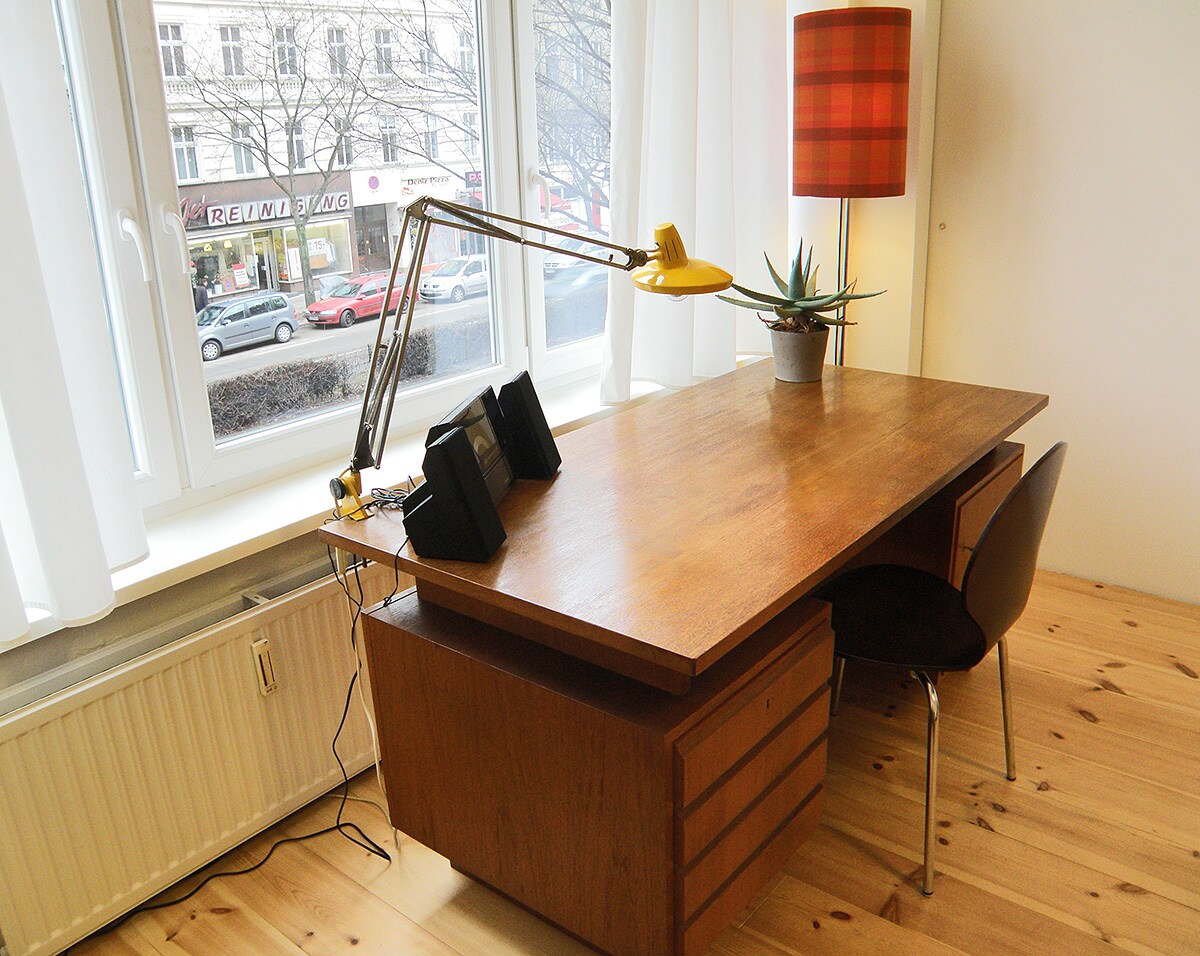 Bright working space with vintage 60's desk, Fase Madrid light & iPhone/CD/USB-player.