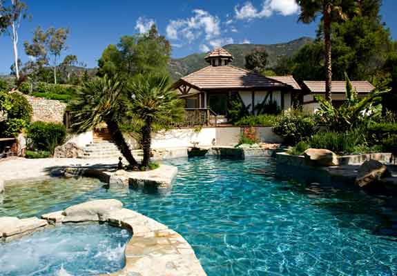 Lounge by the pool at the beautiful Glen Muse Estate