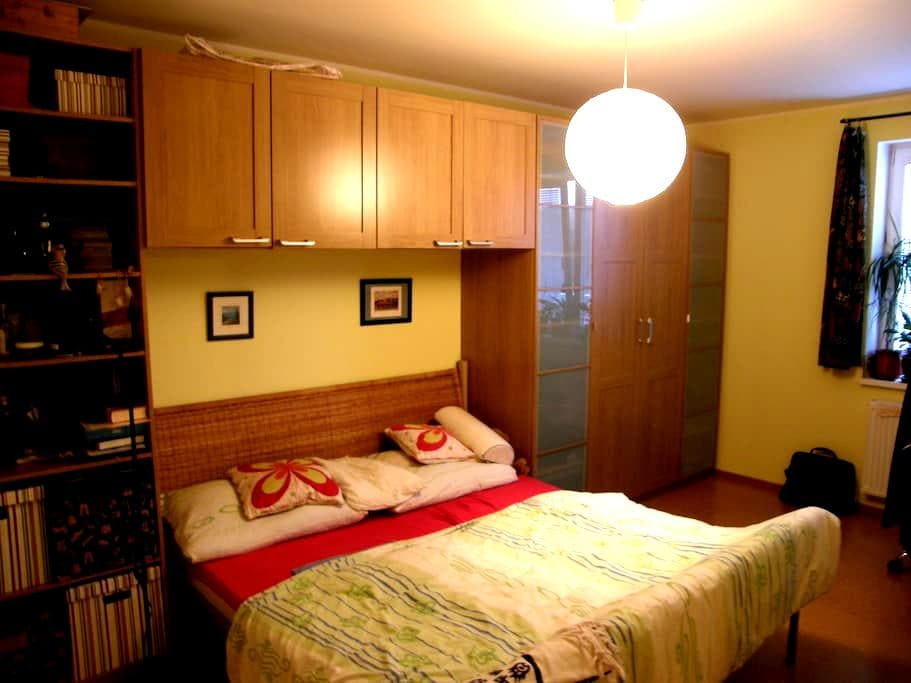 Special and quiet room 30 min to the centre PRG - Únětice - Daire