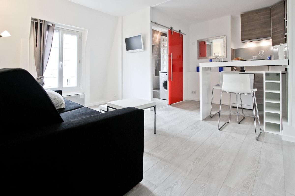 Design Studio Great location in the center of Marais