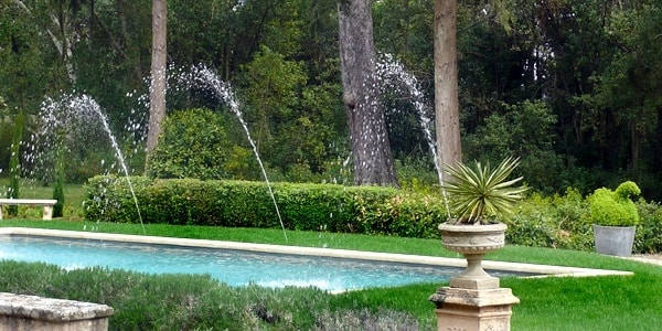 When all our guest rooms are full, we celebrate by turning the fountains on by the pool!