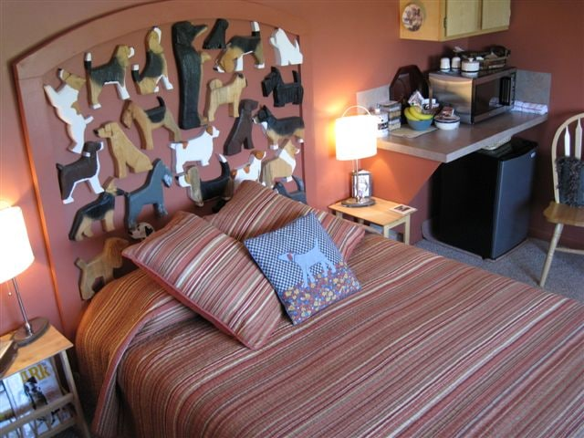 Superb Dog Bark Park Inn Bu0026B   Bed And Breakfasts For Rent In Cottonwood, Idaho,  United States