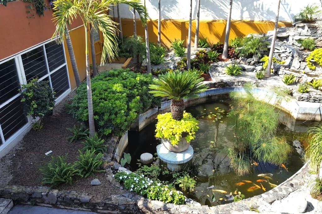 Acogedor cuarto, lago, jardines y super ubicación! - Zapopan - Timeshare