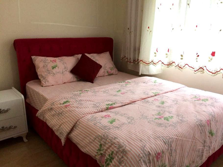 Private room for rent - Fatih - Departamento
