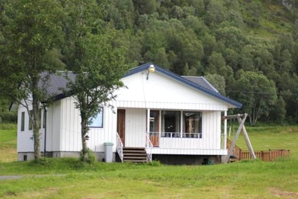 Be Part of Our Village: Hågen - Myrlandshaugen